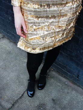 gold dress with belt2