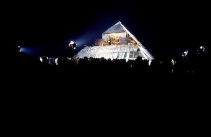 The Pyramid Stage, Glastonbury 1971, image thanks to mooncowhq.ch