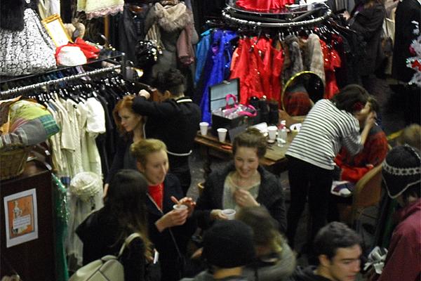Brighton Shoppers