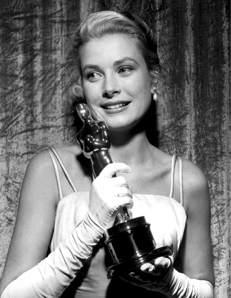 Grace Kelly with her Academy Award for Country Girl, 30 March 1955