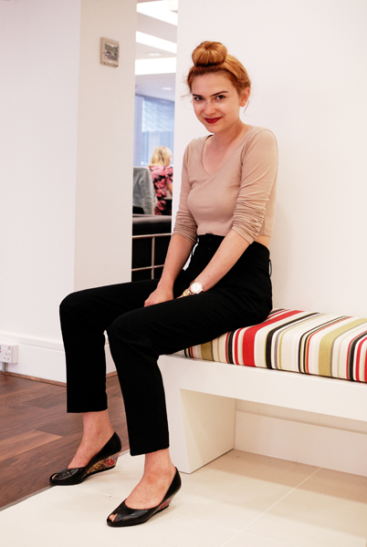 Lizzie: Shopgirl or Stylist?