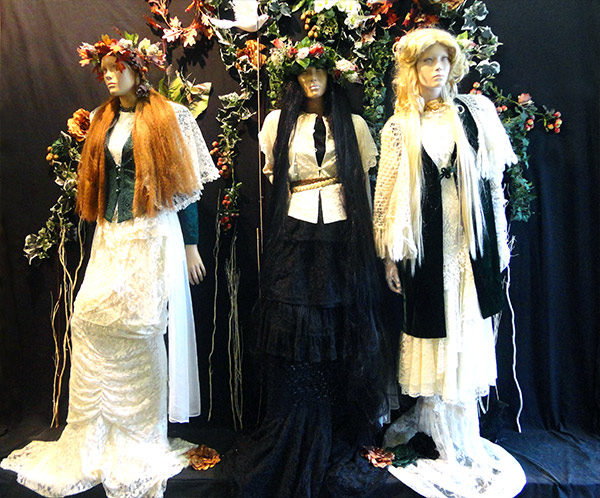 Ophelia Display - Beyond Retro Brick Lane