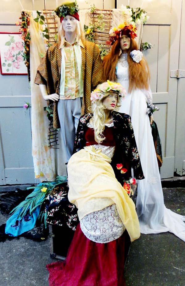 Ophelia Display - Beyond Retro Brighton