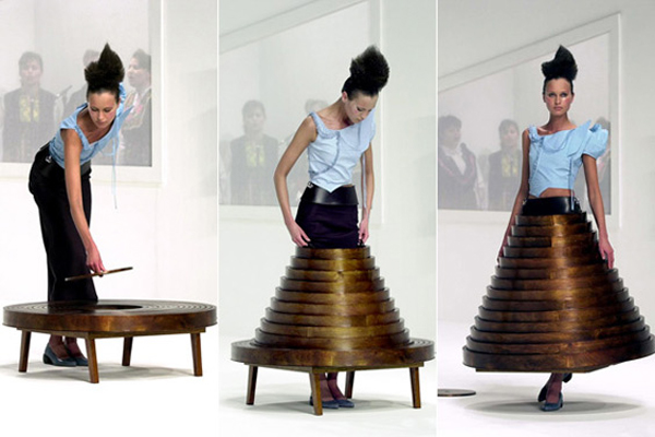 41997_hussein-chalayan-table-dress1