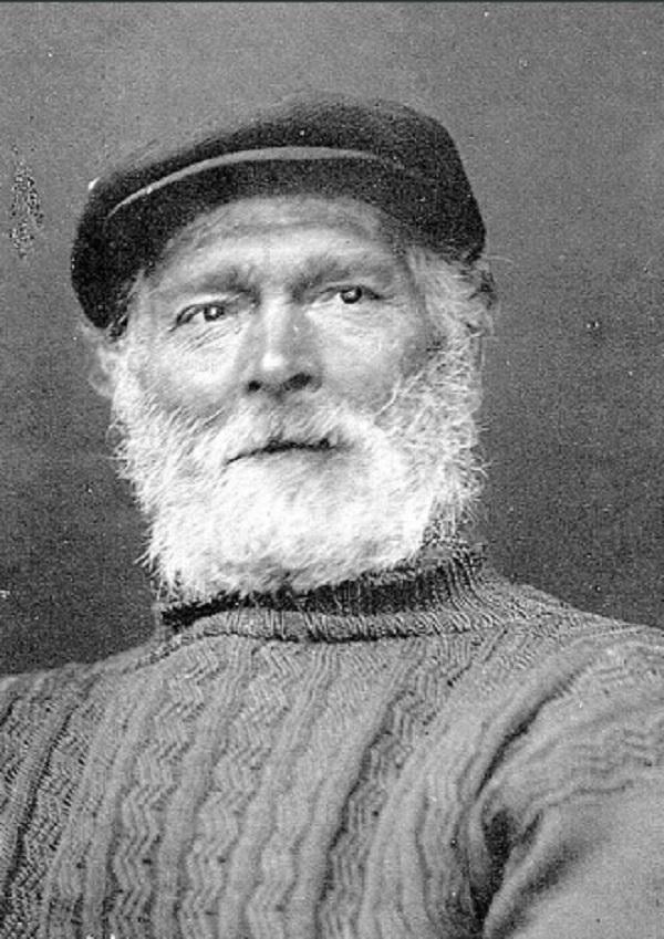 An original cliff walker. Beards are an optional accessory