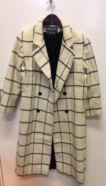 Women's Check Coat- £40
