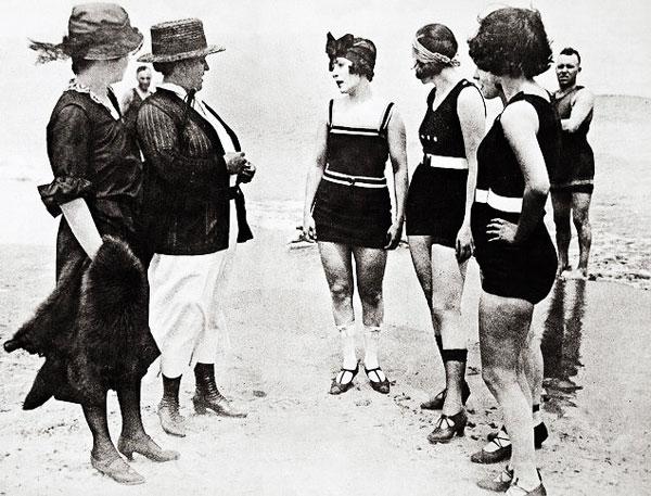 1920s-beach-5