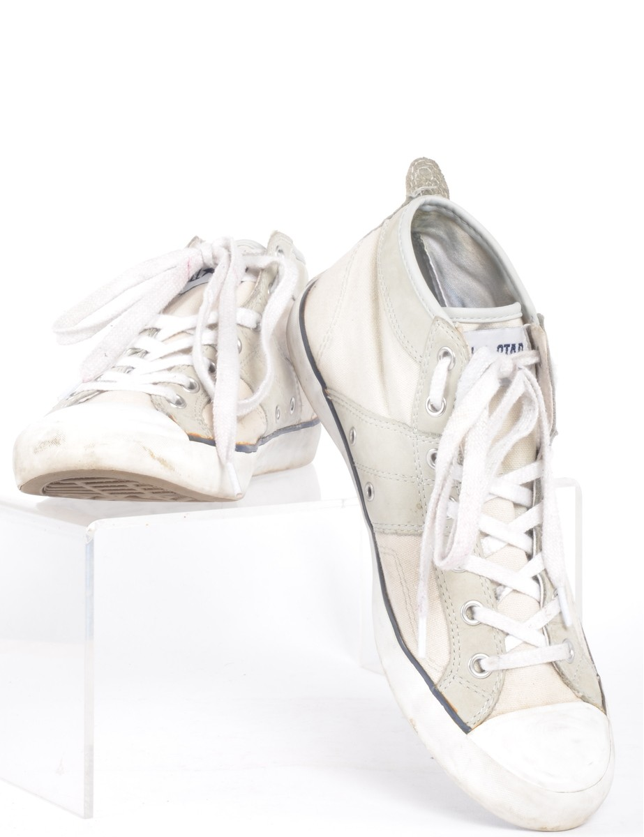 Trainers Off White With Decorative Stitching - £24.00