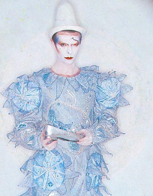 Image: David Bowie via Pinterest