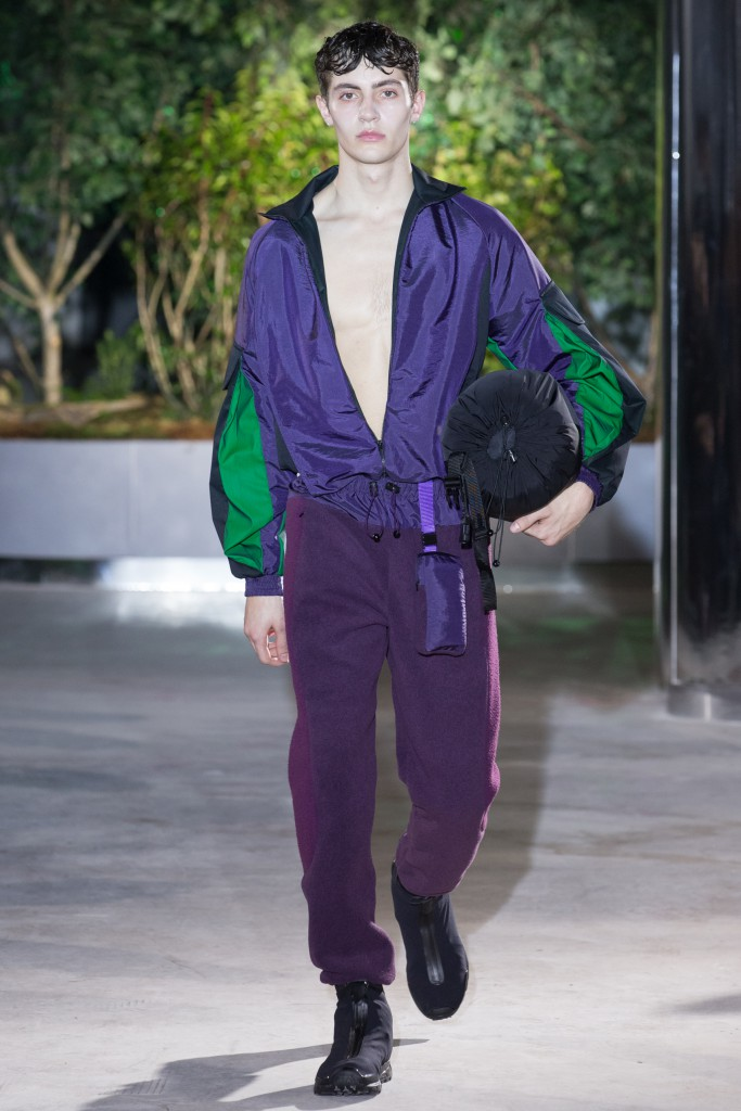 Cottweiler, has creating an apocalyptic camper, ready for anything!