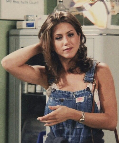 Jennifer Aniston as Rachel Green in FRIENDS (pinterest)