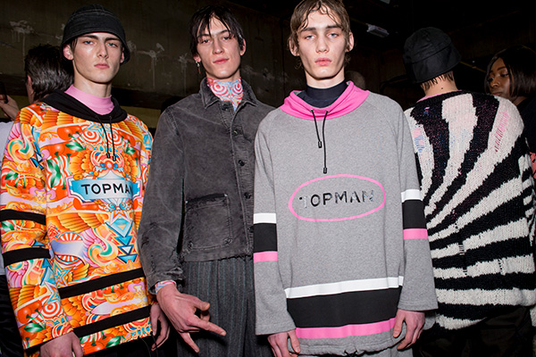 Topman Design mix baggy and bright sportwear