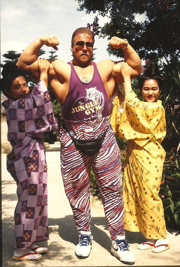 edited-wrestlers-with-fanny-packs-Scott-